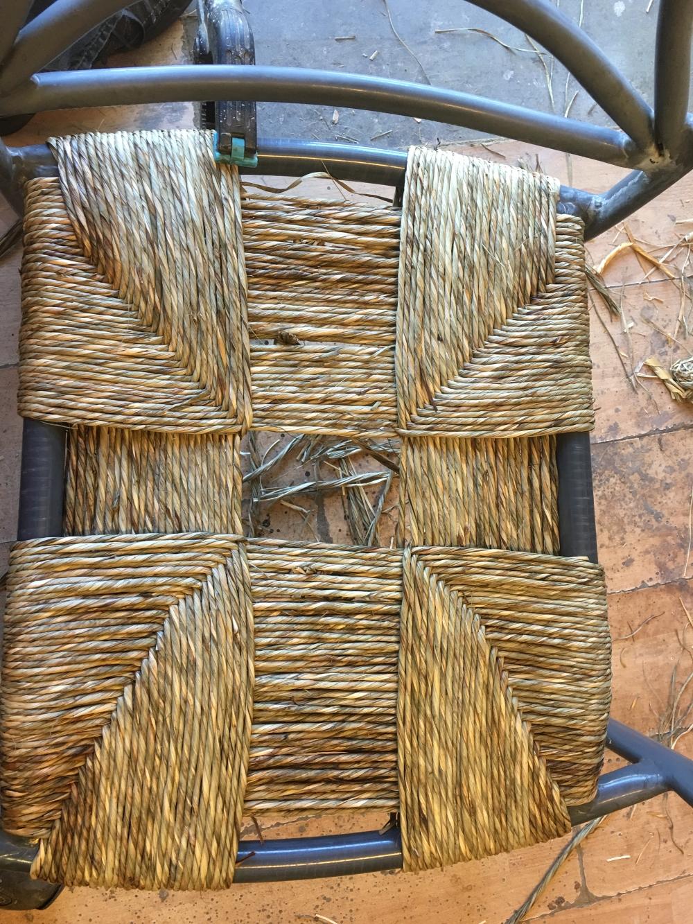 rempaillage chaise paillage chaise nimes gard. Black Bedroom Furniture Sets. Home Design Ideas
