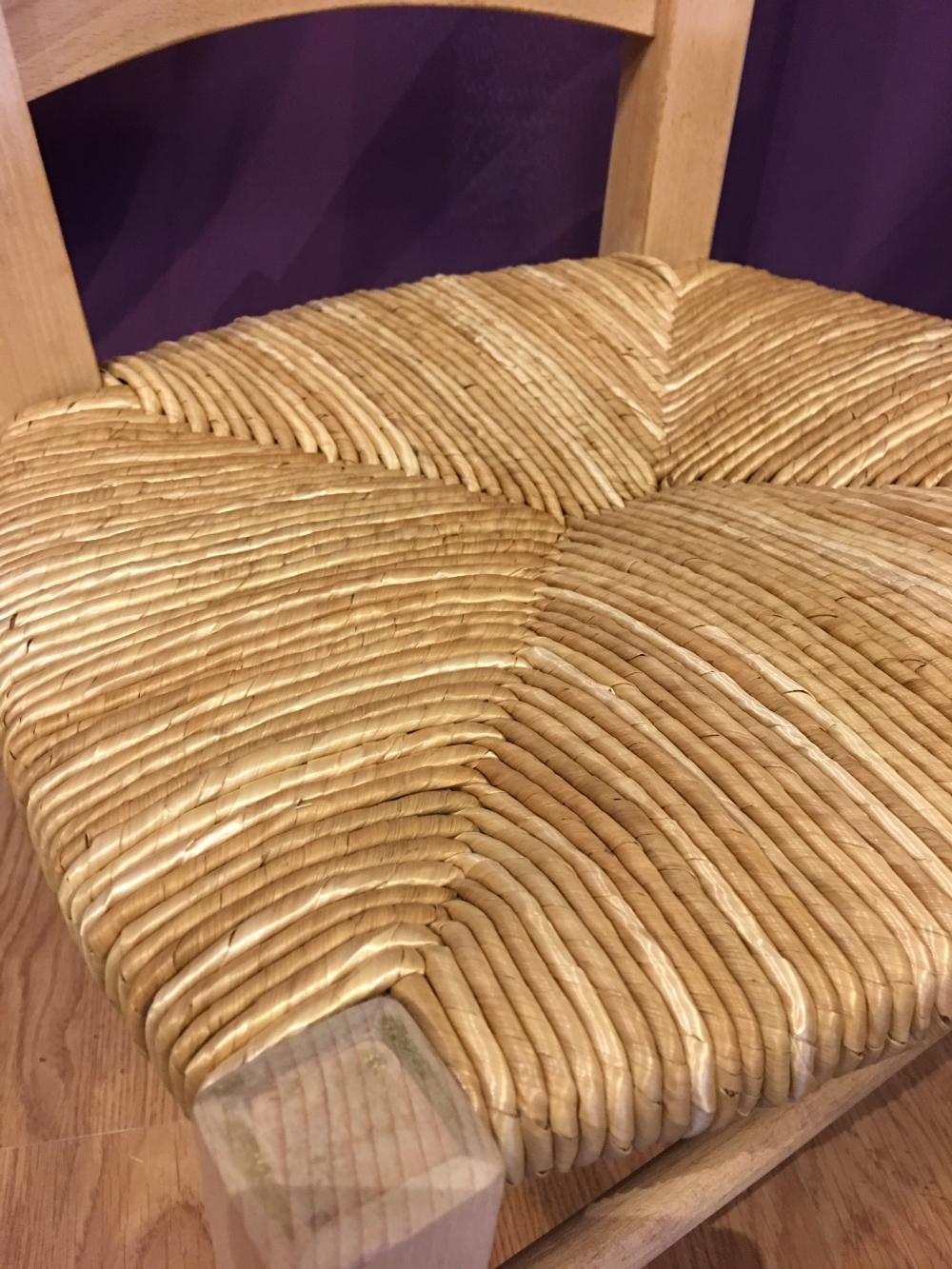 rempaillage de chaise nimes paillage de chaise nimes gard 30. Black Bedroom Furniture Sets. Home Design Ideas